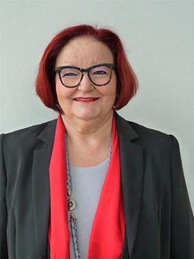 Christa Kuhn Vertreterin der Dekanate